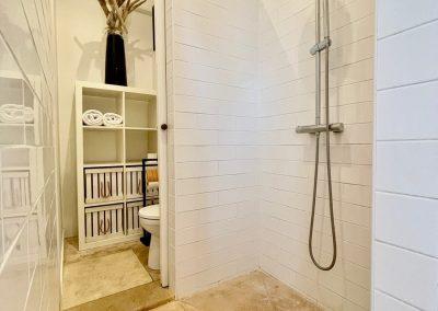 Chambre d'hôte Paul à Aigues-Mortes: Salle de bains